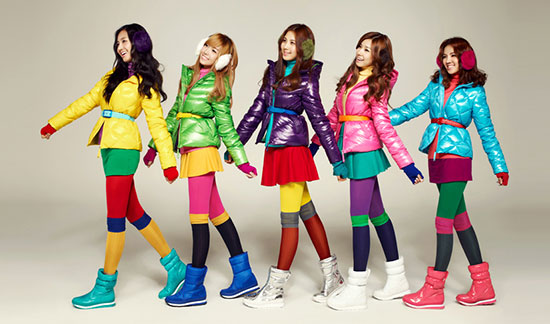 http://sofifisofiani.files.wordpress.com/2010/12/korea-snsd-111-spao.jpg